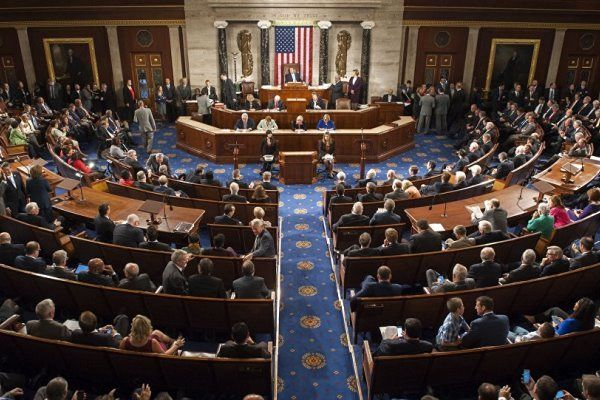 تصویب طرحی برای لغو اختیارات جنگی رئیسجمهور آمریکا