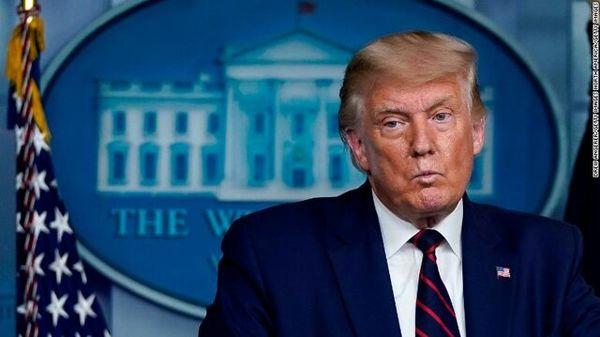 پنج وکیل از تیم استیضاح ترامپ خارج شدند