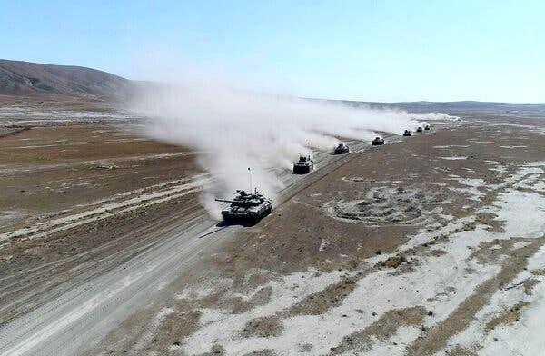 موشک باران سنگین شهرهای قره باغ توسط آذربایجان+فیلم