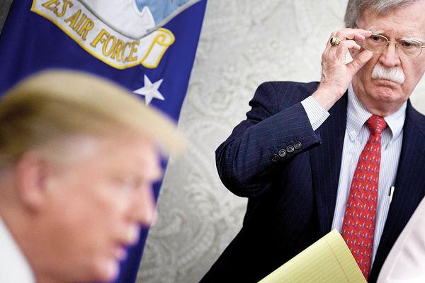 انتقام بولتون از ترامپ