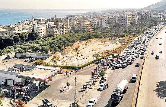 لبنان در آستانه فروپاشی