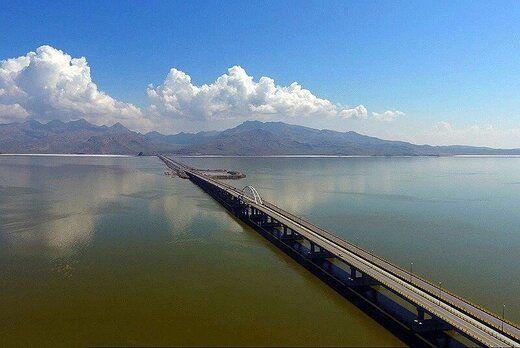 افزایش یک متری تراز دریاچه ارومیه