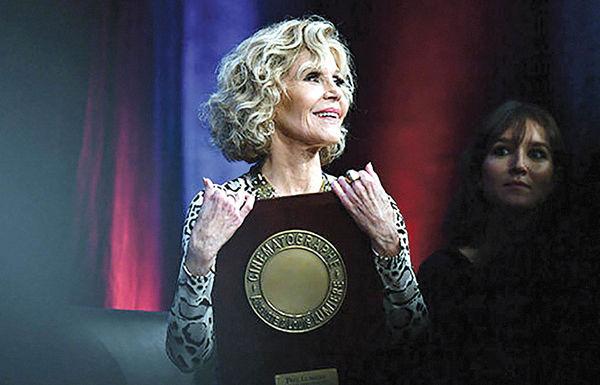 جایزه یک عمر دستاورد سینمایی در دستان«جین فوندا»