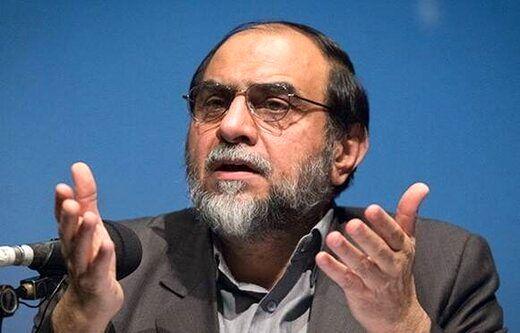 حمله رحیمپور ازغدی به روحانی و احمدی نژاد / مردم تاوان توهم چند سیاستمدار با ضریب هوشی پائین را میدهند
