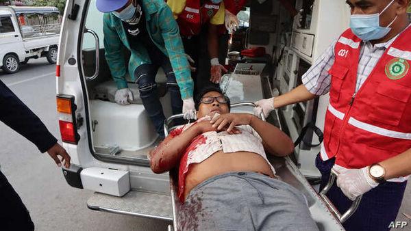 دو کشته و دهها زخمی در تظاهرات ضد کودتا در میانمار