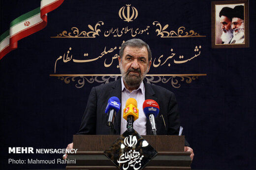 محسن رضایی: اگر اعلام کاندیداتوری کردم خواهید دید کاری خواهیم کرد که یک نفر بیکار نماند