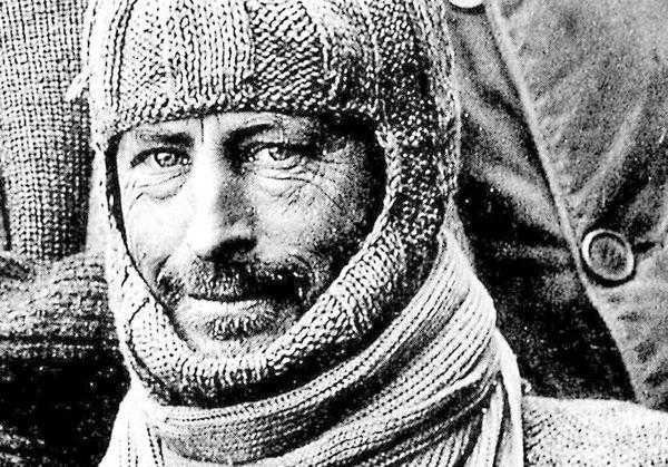 داگلاس ماوسون زمینشناس و دانشمند استرالیایی و از کاشفان قطب جنوب