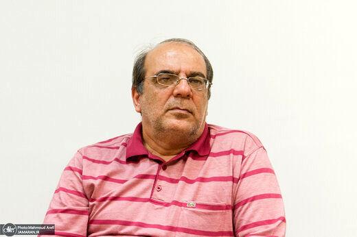 سوال معنادار عباس عبدی از اصولگرایان با اشاره به بیانات مهم رهبر انقلاب