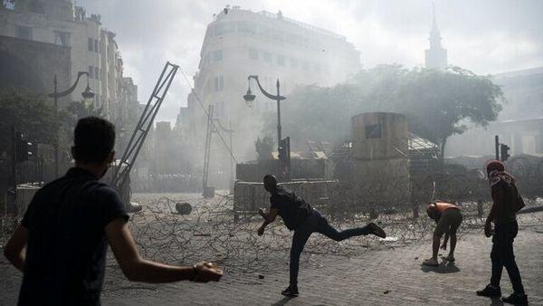 درگیریها بین نیروهای امنیتی و معترضان لبنانی از سر گرفته شد