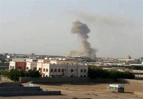 حملات راکتی متجاوزان سعودی به یمن