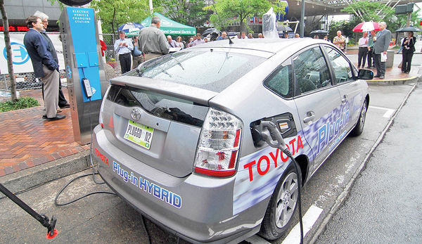 خیز اندونزی برای برقیسازی ناوگان خودروها