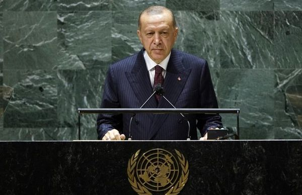 اردوغان: ترکیه کرامت بشریت را در بحران سوریه حفظ کرد