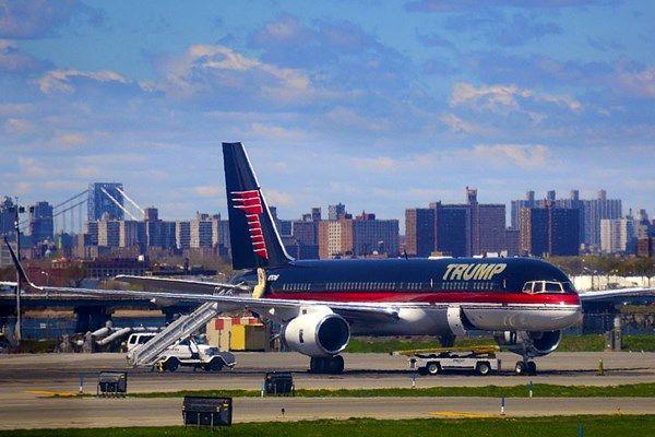 هواپیمای متروکه شخصی ترامپ در نیویورک+عکس