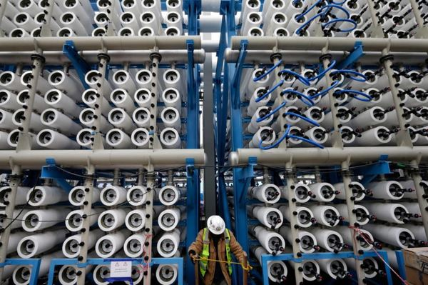 هزینه شیرین سازی آب دریا برای مصارف شرب
