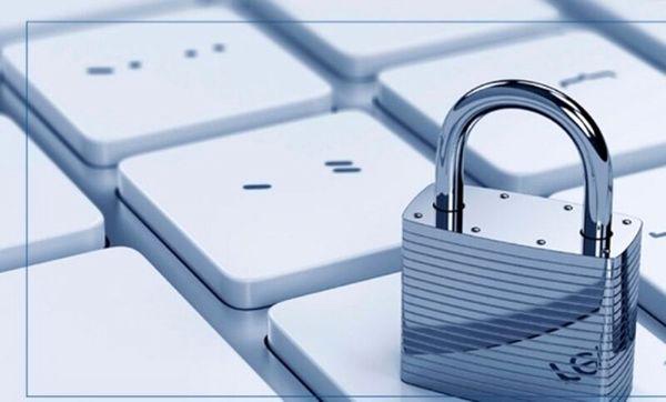 تاکید یک نماینده مجلس: فیلترینگ شبکههای مجازی به هیچوجه در اولویت نیست