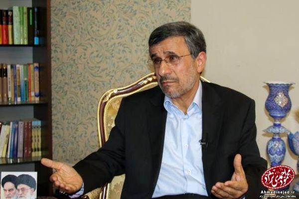 احمدی نژاد: درباره انتخابات سال آینده حرفهای بسیاری برای گفتن دارم