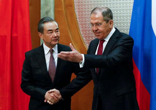 تاکید وزیر خارجه چین بر مبارزه با ویروس سیاسی و کرونا