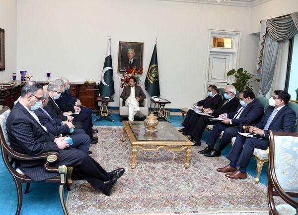 عمرانخان: مناسبات تجاری ایران-پاکستان باید تقویت شود
