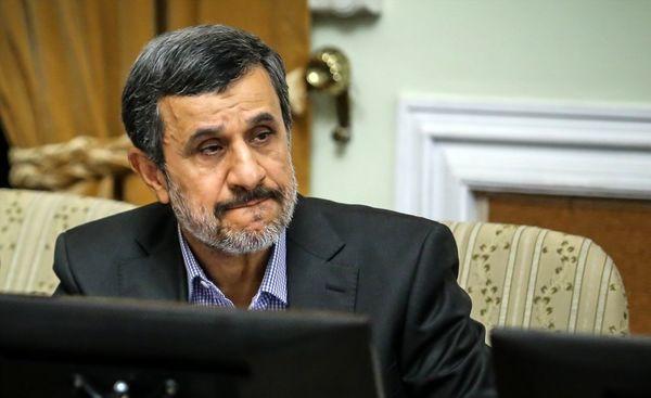 رفتارهای عجیب احمدی نژاد برای بازگشت به پاستور