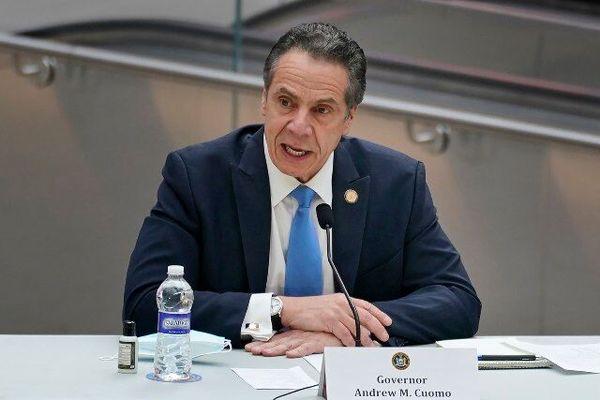 فرماندار نیویورک خواستار استعفای ترامپ شد