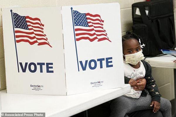 دادگاه پنسیلوانیا تایید نتایج انتخابات را متوقف کرد