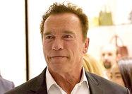 تهدید آرنولد به افشای مزاحمتهای جنسی