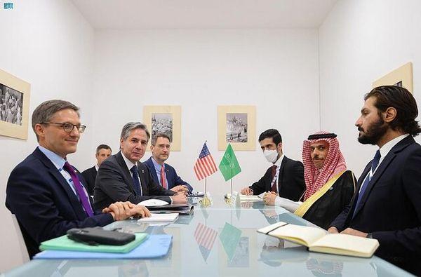 رایزنی وزرای خارجه آمریکا و عربستان درباره ایران