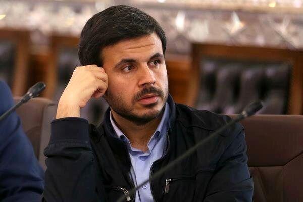 انتقاد عضو هیات رئیسه مجلس از عدم پرداخت حقوق سربازان