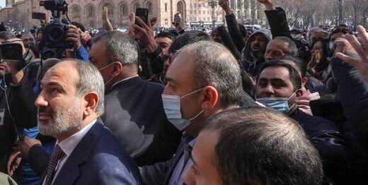 پاشینیان مردم ارمنستان را تهدید کرد