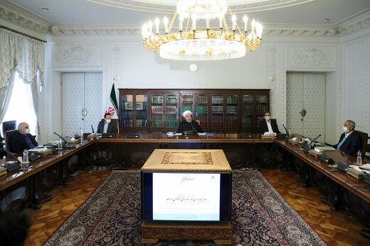 روحانی: تسهیلات حمایتی کسب و کارها تا اواخر خرداد پرداخت میشود