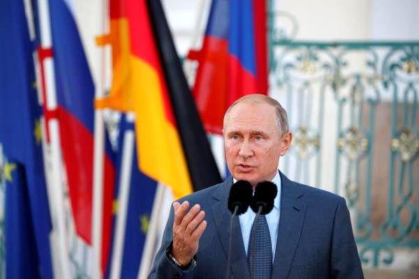 پوتین از عملکرد دستگاه اطلاعاتی روسیه تمجید کرد
