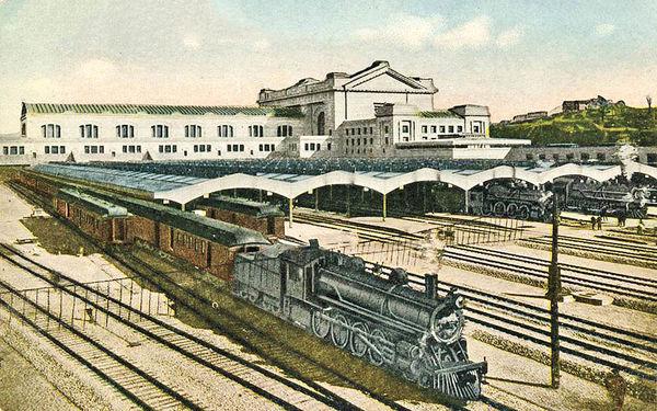 معماری ایستگاههای راهآهن