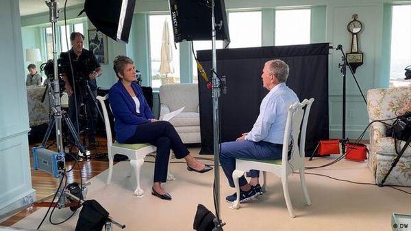 انتقاد جورج بوش از خروج نیورهای ناتو از افغانستان