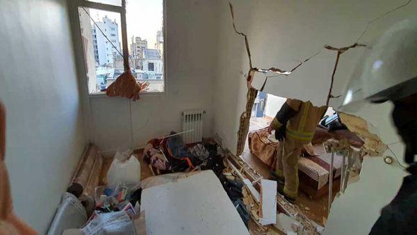 یک ساختمان در خیابان قرنی صبح امروز منفجر شد