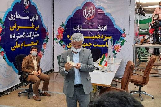 کنایه محمود صادقی به احمدی نژاد: ردصلاحیت شوم انتخابات را تحریم نمیکنم/ خبری از انصراف عارف ندارم