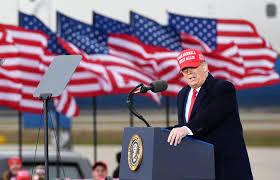 گاف جنجالی ترامپ در سخنرانی انتخاباتی