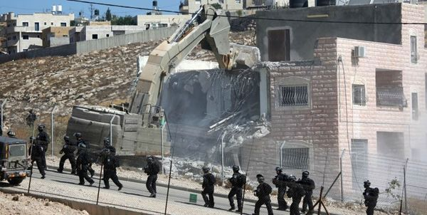 شلیک نظامیان صهیونیست به صورت جوان فلسطینی در رامالله