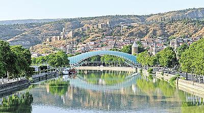 رشد 142 درصدی گردشگران ایرانی گرجستان