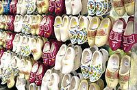 واردات 6/1میلیون دلار کفش