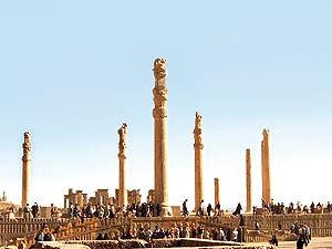 تاریخچه گردشگری در ایران