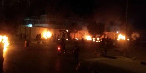 آتش زدن دیوار کنسولگری ایران در کربلا+ فیلم