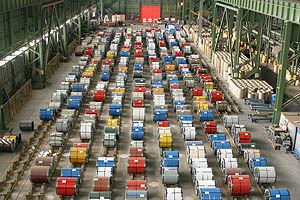 چشم اندازی بر توسعه صنعت فولاد درایران و چالش های فراروی آن
