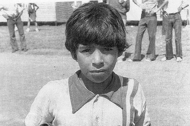 کودکی مارادونا (عکس)