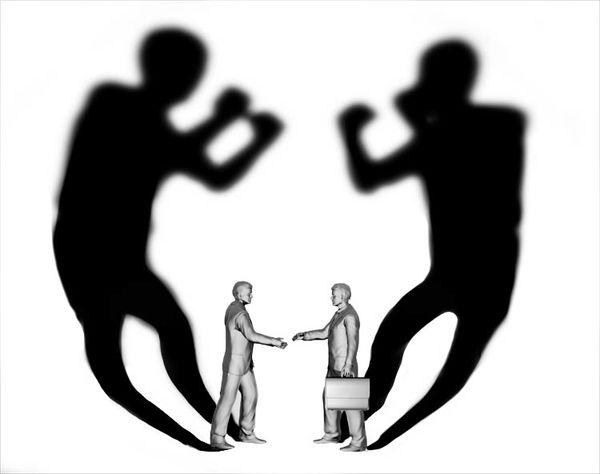 برچسبزنی به جای گفتوگوهای انتقادی
