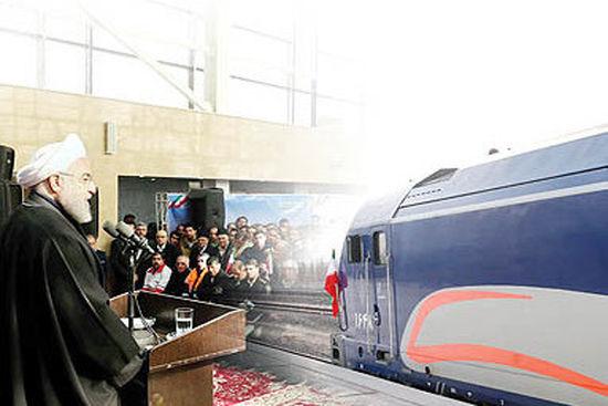 ذوبآهن اصفهان ریل مورد نیاز کشور را تأمین میکند