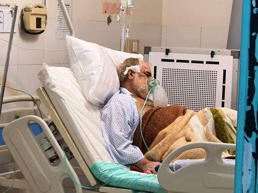 معاون درمان وزارت بهداشت: هنوز از پیک پنجم عبور نکردهایم؛ مردم مراقب باشند