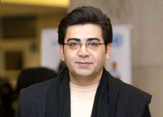 اولین واکنش رسمی فرزاد حسنی به انتشار خبر مهاجرتش