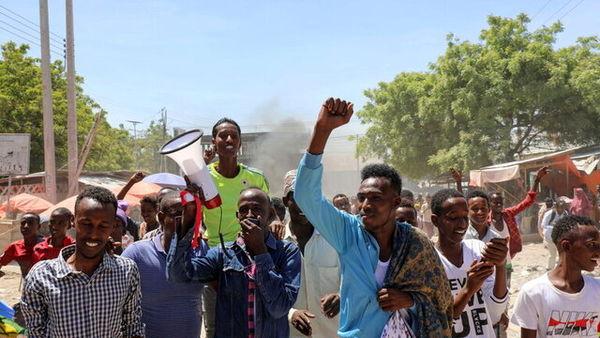 اعتراضات خیابانی در موگادیشو برای برکناری رئیس جمهور