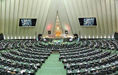 پدیده شاندیز 3 وزیر را به صحن علنی مجلس کشاند
