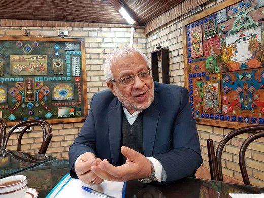 بادامچیان: احمدی نژاد میتواند نامزد انتخابات شود